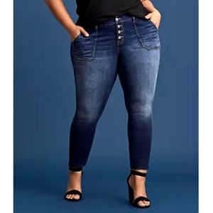 Torrid Mid Rise Skinny Jeans Button Fly Stretch